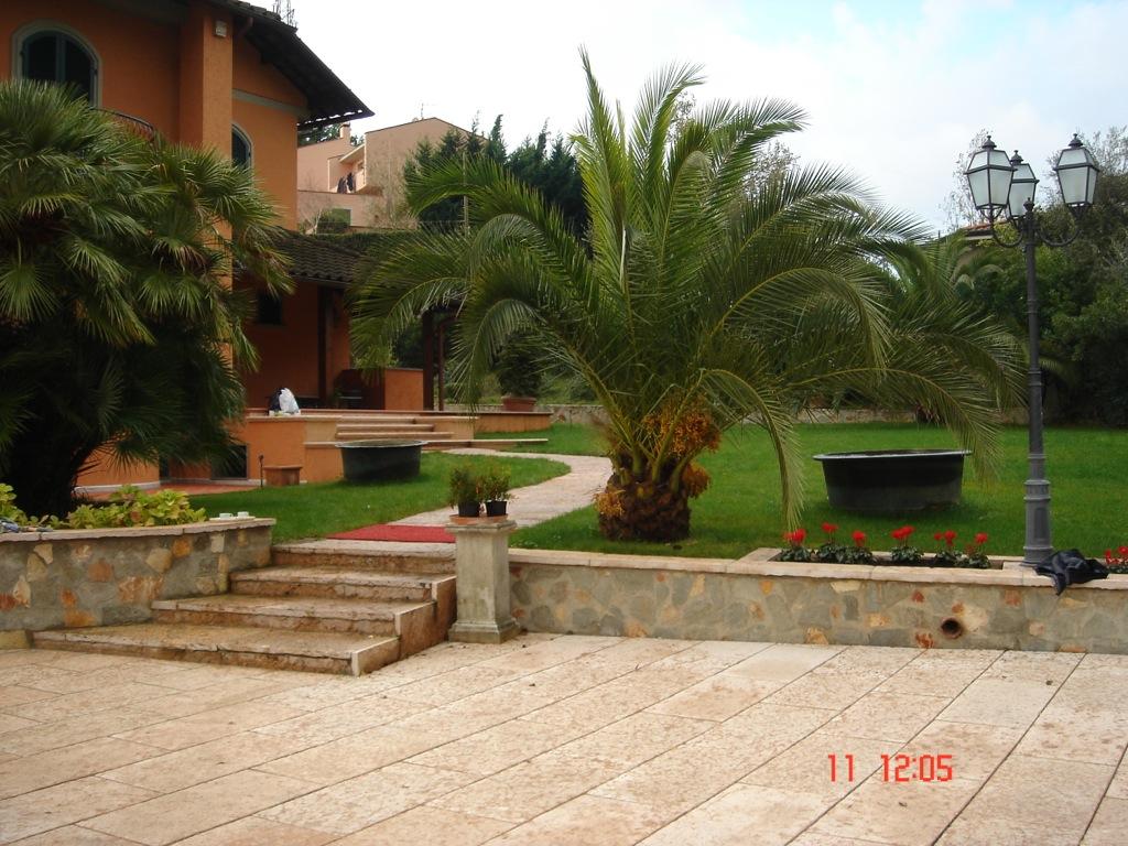 Villa a monteverde edilizia dell 39 amico - Cucina in giardino ...